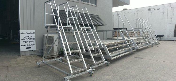 Aluminium Aircraft Access Stairs And Platforms ...